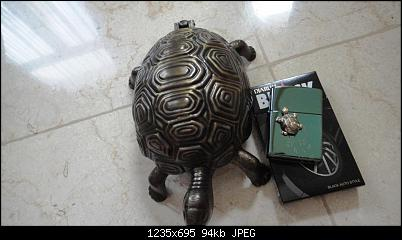 Click image for larger version.  Name:Zippo Turtle 428-500 limited edition th. $ (4).jpg Views:2 Size:94,1 KB ID:11367