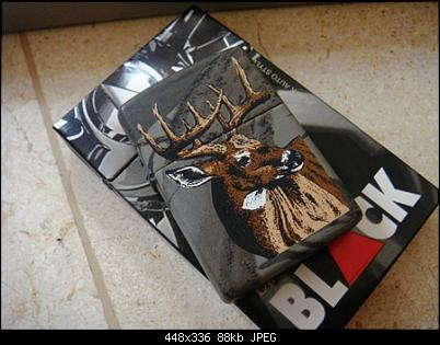 Click image for larger version.  Name:Zippo Lighters New In Box Bill Jordan's Realtree Camouflage th.2001 $. (3).JPG Views:11 Size:87,6 KB ID:9211